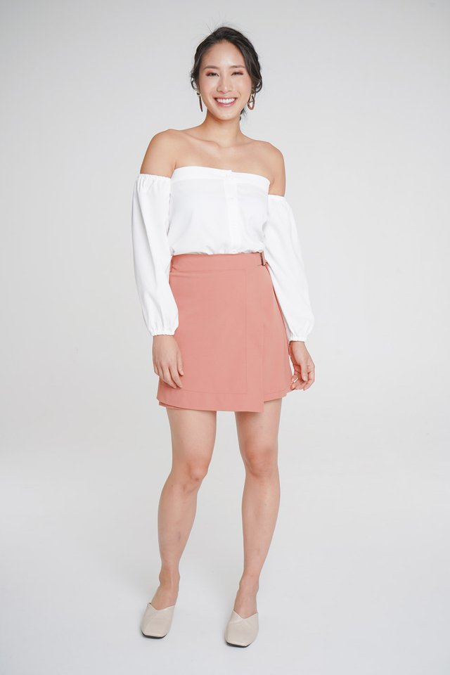 Greta Off-Shoulder Top + Rosie Belted Skorts (White & Salmon)